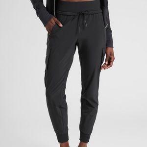 Athleta black Sutton jogger size 4
